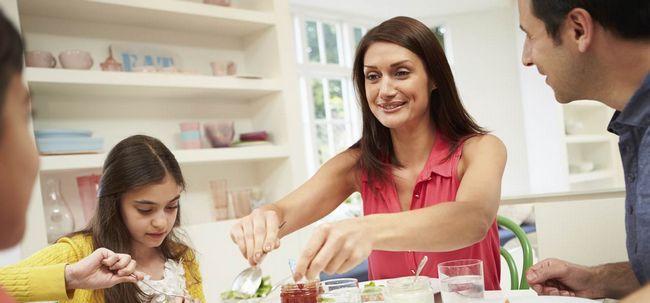 10 Aktivitäten sollten Sie nach dem Abendessen zu vermeiden Foto