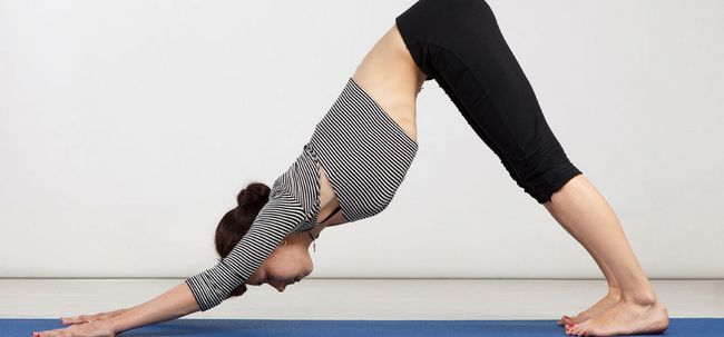 10 Effektive Yoga Asanas Ihr Gesäß, um Ton Foto