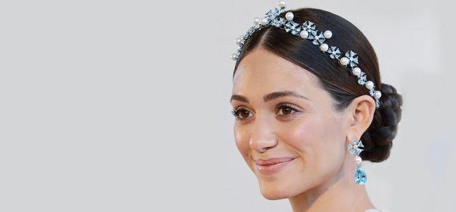 10 wunderschöne Hochzeit Updos für kurzes Haar Foto