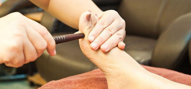 10 Interessante Vorteile der Fußreflexzonenmassage Foto