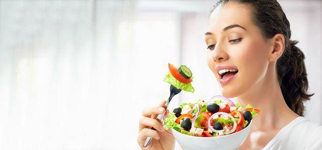 10 wichtigsten Vitamine für Frauen über 40 Foto