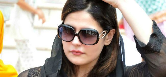 10 Bilder von Zarine Khan ohne Make-up Foto