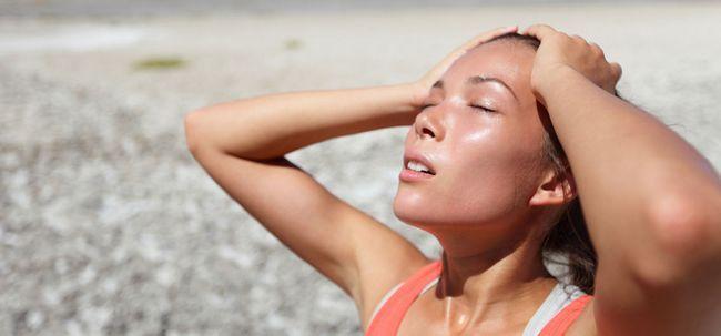 10 Anzeichen und Symptome von Hitzeerschöpfung Foto