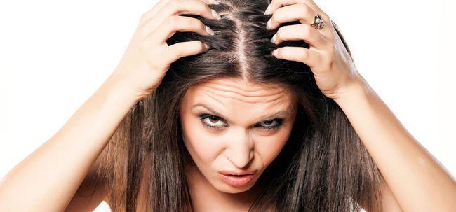Mit Haarpflegeprodukte