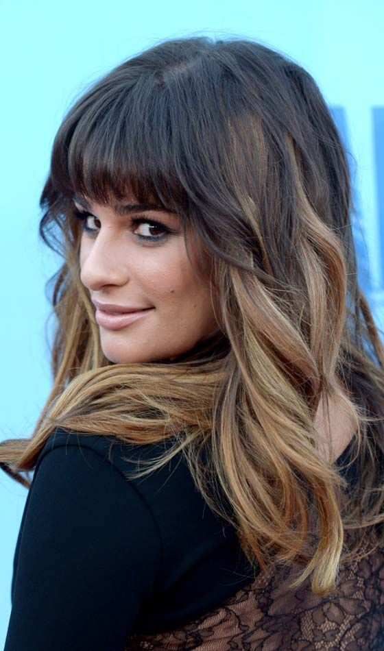 Wispy-Thick-Front Fringes-mit-Wellenförmige-Long-Hair