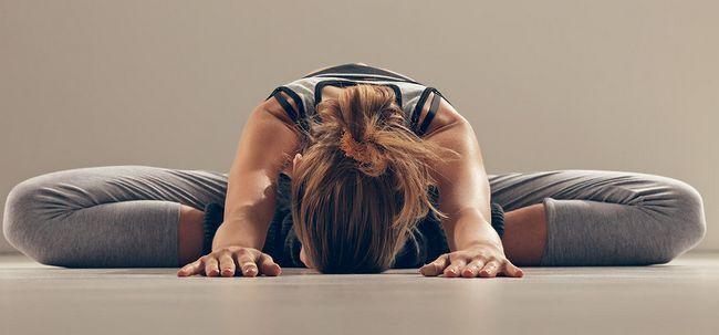 10 Yoga bedingten Verletzungen und ihre Behandlungen Foto