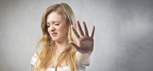 11 Disgusting Zutaten in Ihrer täglichen Kosmetik nach Groß You Out Foto