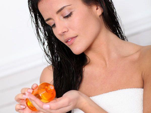 16 Home wirksame Heilmittel und Tipps Hair Fall To Control Foto