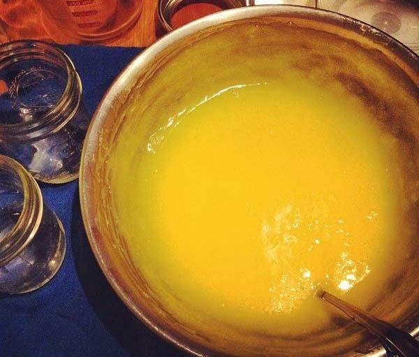 Quark mit Zitrone für die Haut