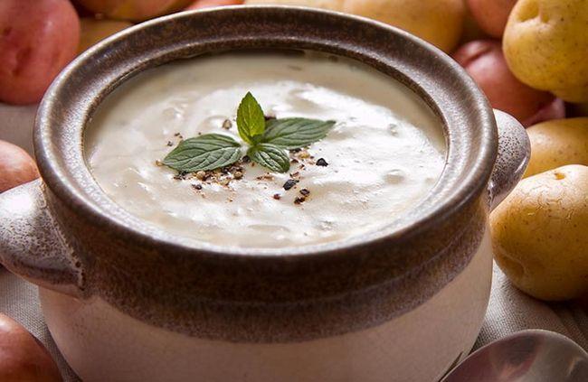 Verwenden Sie Kartoffeln auf Ihre Suppen cremig!