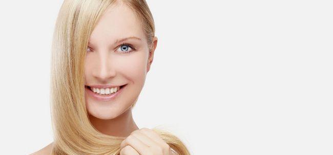 18 Super effektive Möglichkeiten, glatte Haare bekommen Foto