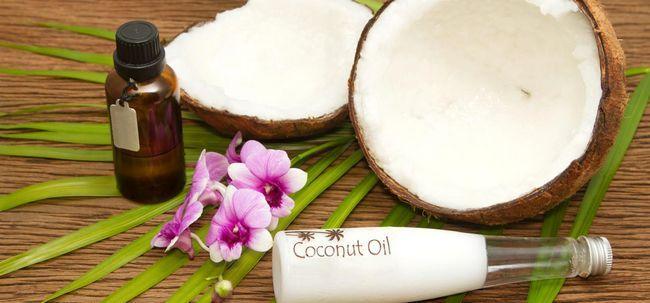 2 einfache Möglichkeiten, zu Hause Coconut Oil Body Wash To Make Foto