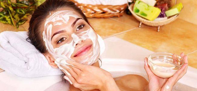 2 einfache Möglichkeiten, Butter Gesichtsmaske vorbereiten Foto