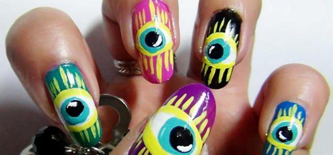 2 Sonderbare Nail Art Designs, die Sie heute ausprobieren können Foto
