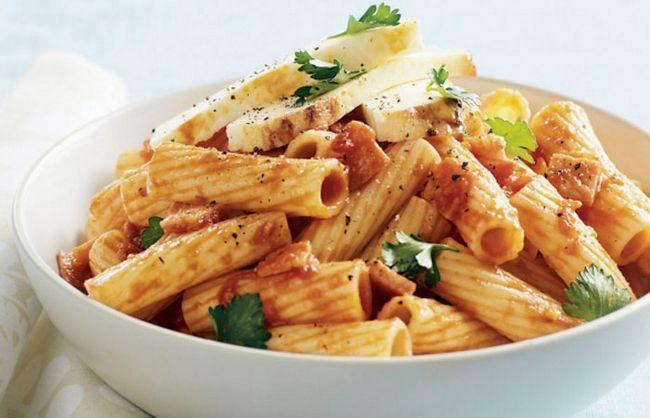 Simple-Tomaten-Pasta