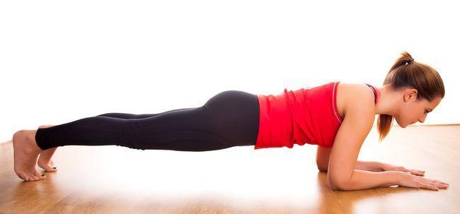 21 Effektive Plank Übungen Ihr Körper zu stärken Foto