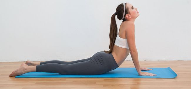 3 Effektive Yoga Poses Bandscheibenvorfall zu behandeln Foto