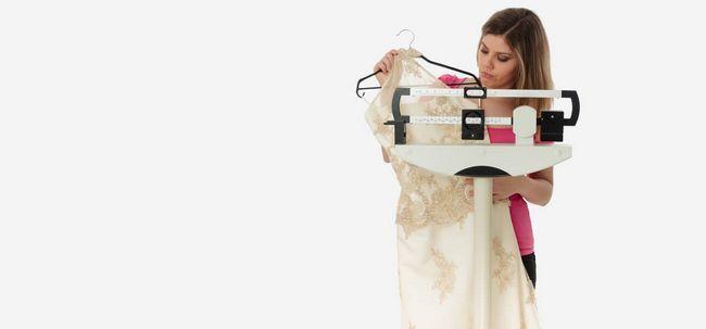 3 einfache Wege-Posten-Hochzeit Gewichtszunahme zu vermeiden Foto