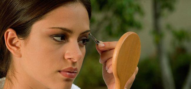 3 Arten von Augenbrauen-Schablonen und ihre Verwendung Foto