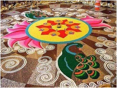 Pfau rangoli Designs mit Blumen