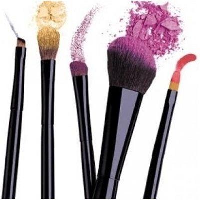 Pflege von Make-up Pinsel