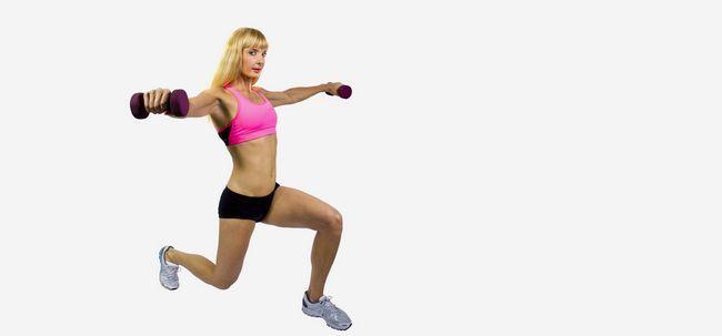4 Effektive seitliche Erhöhung Übungen Ihre Schultern zu stärken Foto