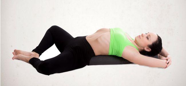 5 am besten Yoga-Haltungen zu fördern und Energize Krebs-Patienten Foto