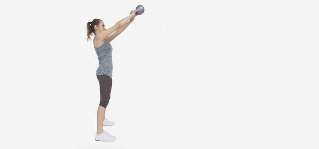 5 Effektive Frontheben Übungen, um Ihre Schultern zu stärken Foto