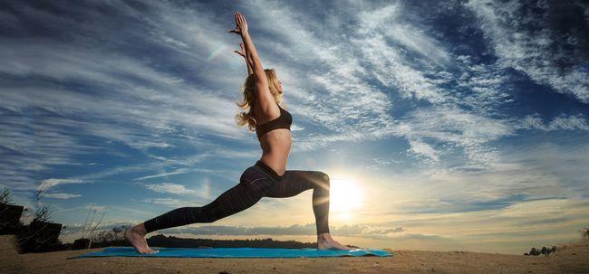 5 Must-Videos auf Ihre Power Yoga Fähigkeiten steigern Foto