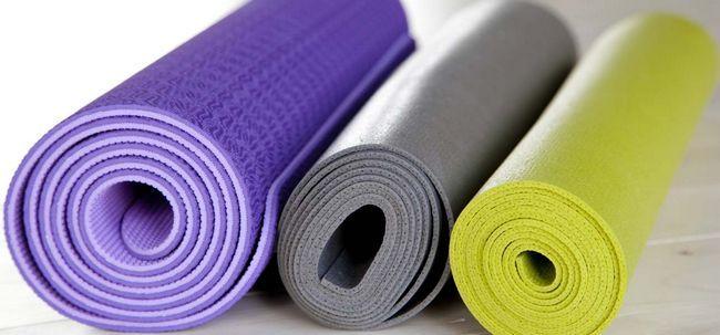 5 Dinge zu beachten, wenn Sie Ihre Yoga-Matte Wahl Foto
