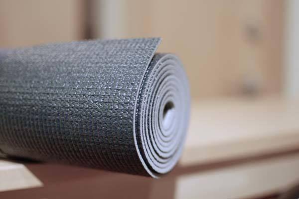 Testen Sie die Yoga-Matten