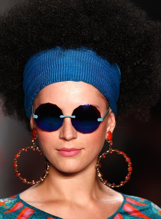 Afro-Strukturiert-Bushy-Bob-mit-Wide-Stirnband