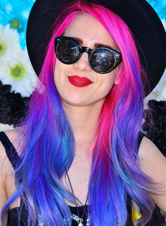Rosa-und-Blau-Long-Wellen-mit-Hut