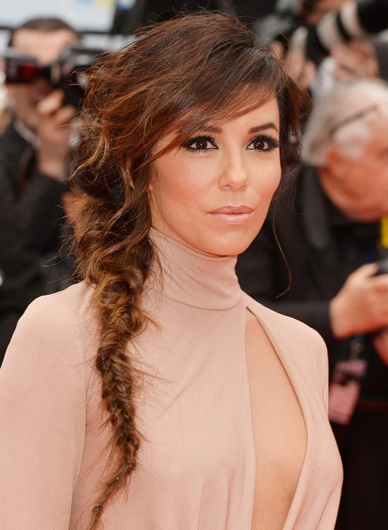 Messy-Feinen-Side-Fishtail-Braid-mit-Layered-Side-Bang