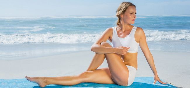 6 Effektive Ausdehnungen für den unteren Rücken Schmerzlinderung Foto