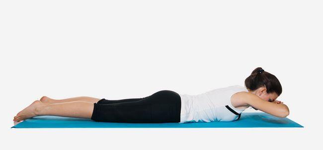 6 Effektive Stretching-Übungen, Schmerzen zu lindern Zurück Foto