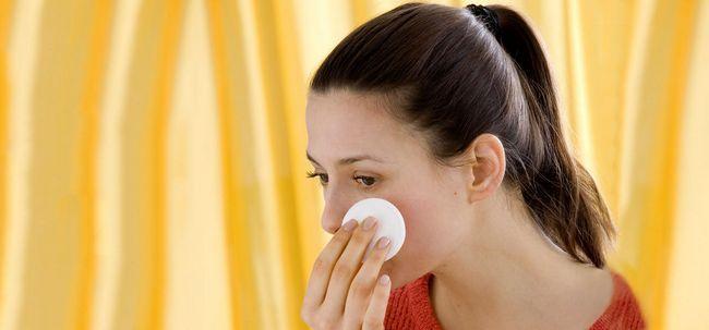 6 einfache Schritte, um Wasserstoffperoxid verwenden zur Behandlung von Akne Foto