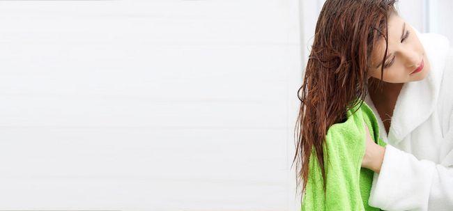 7 Dusche Tricks zu halten Ihr Haar gesund Foto