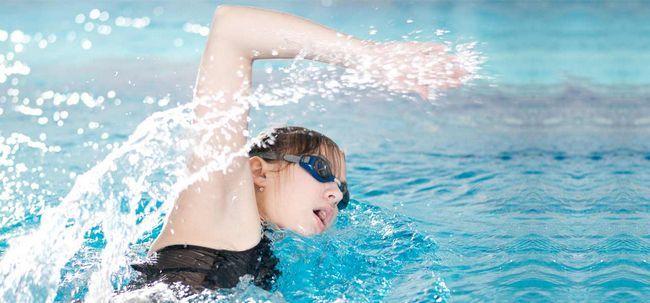 7 Einfache Atemtechniken für Schwimmer Foto