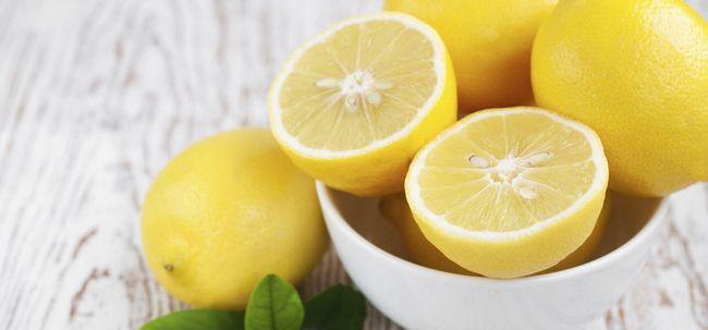 7 Möglichkeiten, in denen Zitrone hilft Haarwuchs Foto