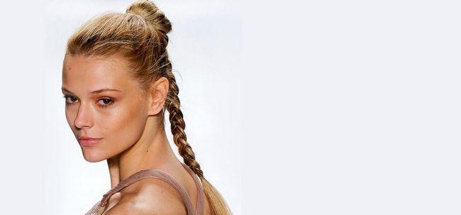 8 stilvolle und modische Lange Frisuren für School Girls Foto
