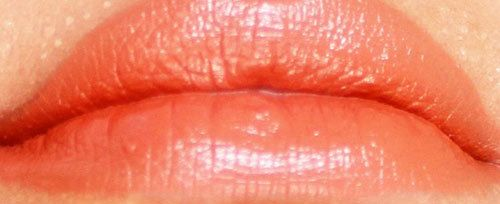 colorbar creme Touch Swatch taupe Lippe