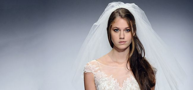 Beste indische Hochzeit Frisuren für Christian Brides - Unsere Top 11 Foto