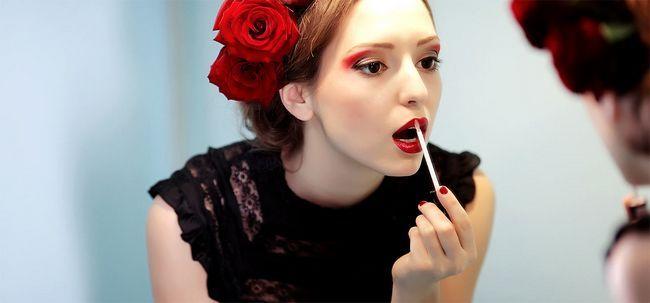 DIY: 2 Natürliche Lippen Stains At Home Foto