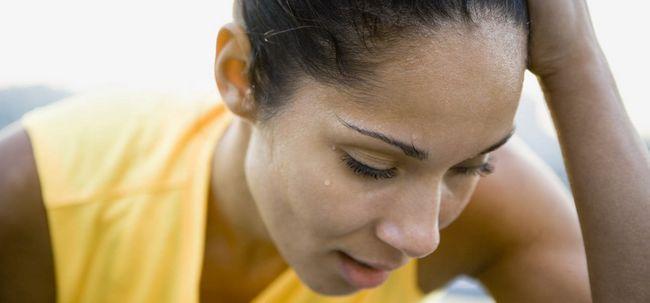 Ist Schwitzen zu Haarausfall führen? Foto