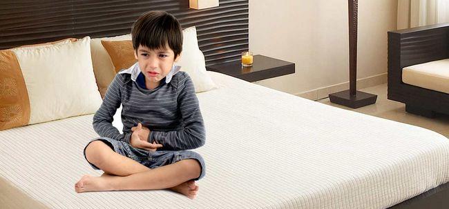 Lebensmittelvergiftung in Children- Typen, Symptome und Home Remedies Foto