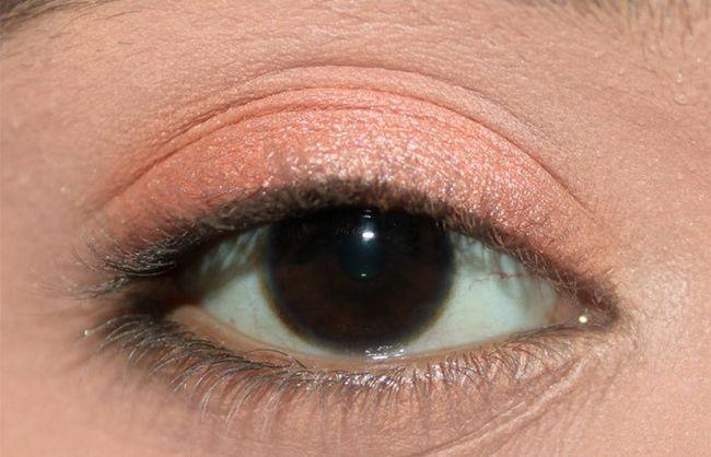 Frische Coral Eye Make-up Look Tutorial (2)