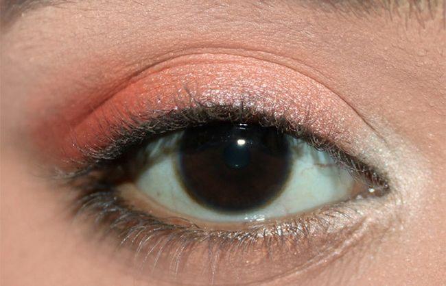 Frische Coral Eye Make-up Look Tutorial (3)