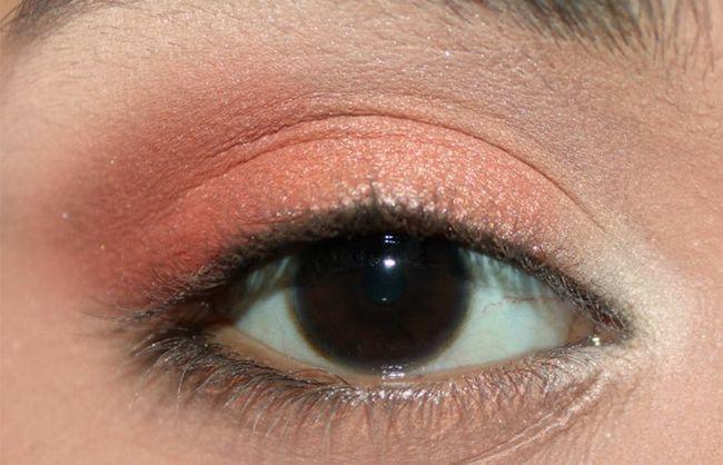 Frische Coral Eye Make-up Look Tutorial (4)