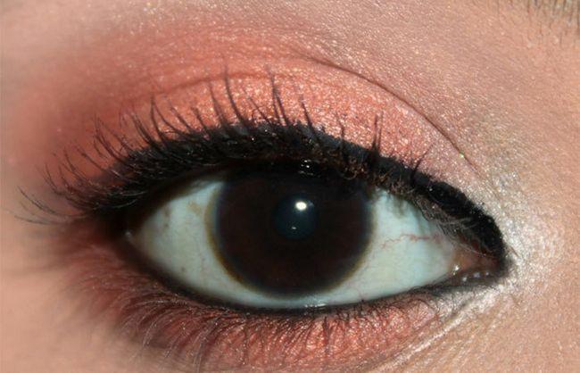Frische Coral Eye Make-up Look Tutorial (5)